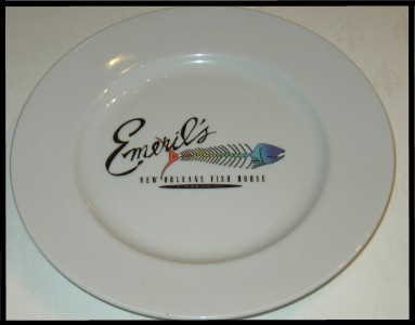 Logo_in_plate_well